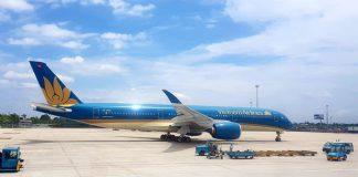 """Vietnam Airlines """"đón siêu máy bay"""" Boeing 787-10 đầu tiên"""